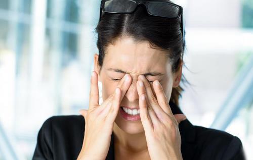 无痛手三针治疗舌头疼、跟腱炎、头晕眼胀血压高、急性尿路感染、肾结石绞痛、扁桃体肿大